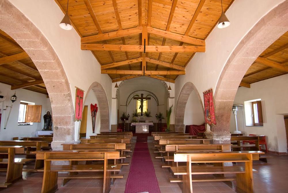 WEB_chiesa santa croce interno.jpg