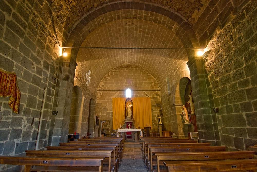 WEB_chiesa santa maria di corte sindia interno.jpg